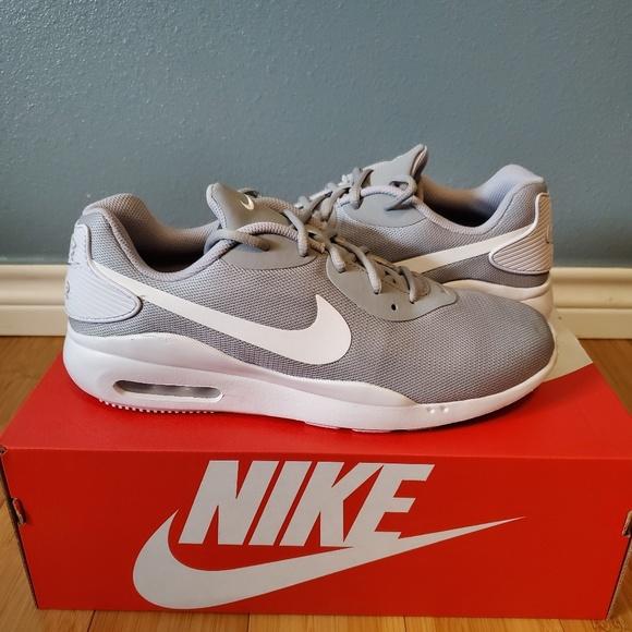 Nike Air Max Oketo NWT